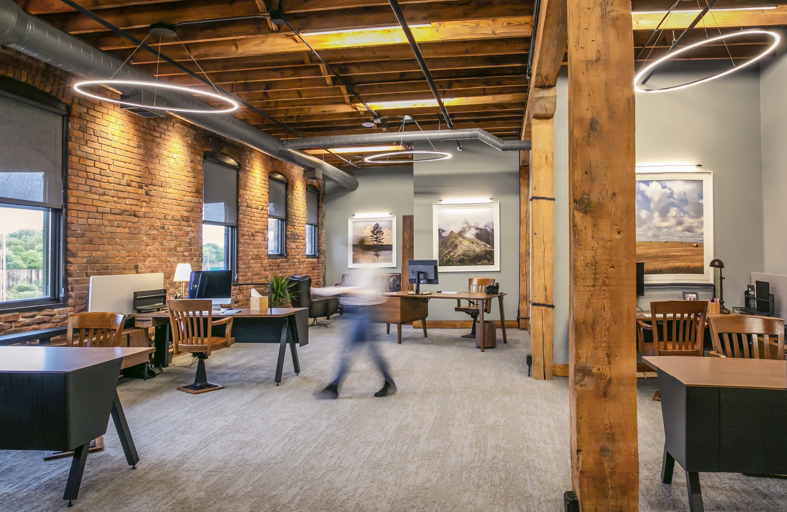 Elements of a well designed office space.